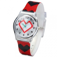 Christmas Gift Quartz Watch Round Dial Heart Pattern Rubber Watch Band for Children