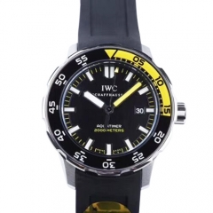 Black Rubber Strap Polished Stainless Steel Case Polished Black Ceramic Bezel Swiss ETA 2892 Automatic AQUATIMER Watch